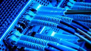 """Cafiero firmó un convenio de conectividad con Catamarca y dijo que la fibra óptica """"es un derecho"""""""