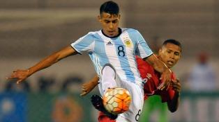 Argentina rescató un empate sobre la hora frente a Perú