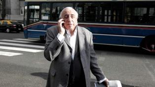"Roberto Fernández resaltó la ""predisposición"" a escuchar al presidente electo"