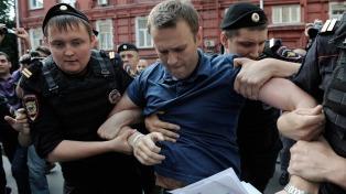 """El G7 condena la detención """"política"""" del opositor ruso Navalny"""