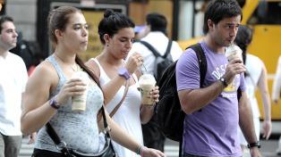 Comenzó a regir la prohibición del uso de sorbetes, pero muchos comercios la desconocen