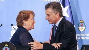 """Ante el """"efecto Trump"""", Macri y Bachelet convocan a reunión de cancilleres para abril"""
