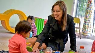 Vidal visitó un centro de desarrollo en San Miguel