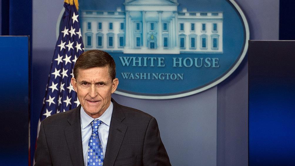 Trump indultó a su exasesor Michael Flynn