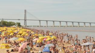 Las playas del norte rosarino y sus islas crecen en convocatoria