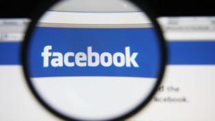 Facebook mantuvo contenidos extremistas y de pornografía infantil incluso después de ser advertidos