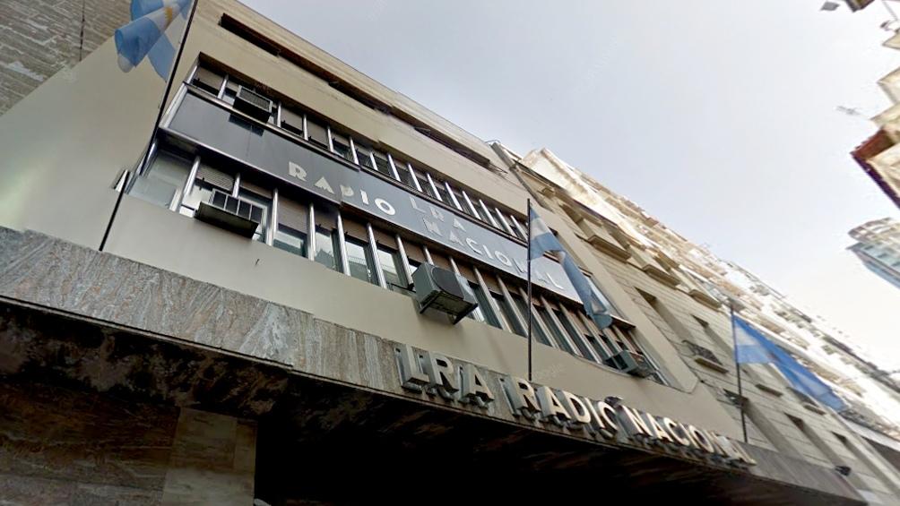 La radio en su histórica sede de Maipú 555