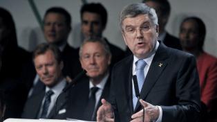 """Bach: """"Posponer los Juegos Olímpicos es un desafío complejo"""""""