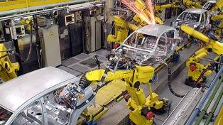 Peugeot-Citroen se convirtió en la segunda automotriz de Europa tras la compra de Opel a GM