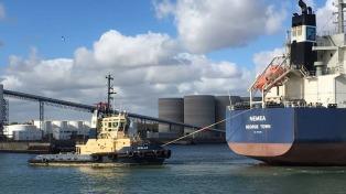 Financiamiento público y privado de US$ 32,2 millones para el dragado del puerto de Quequén