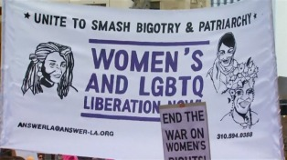 Cientos de mujeres marcharon en Los Ángeles con motivo del día internacional