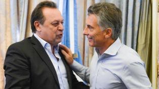 """Santos afirmó que el Gobierno quiere convertir a la Argentina en el país """"más amigable del mundo"""""""