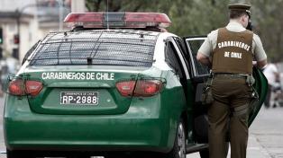 Detienen a un oficial de Carabineros por abuso de poder y acusan también a 14 agentes