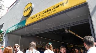 Una estación de subte lleva desde hoy el nombre del militante LGBTTI Carlos Jáuregui