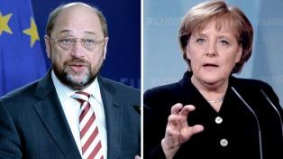 Merkel cae en los sondeos y los socialdemócratas pasan al frente