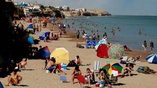 Las Grutas a pleno después de ser considerada la Mejor Playa de la Argentina