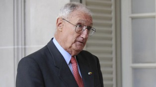 Balza: �Nadie en su sano juicio puede pensar que en Argentina puede haber un golpe militar�
