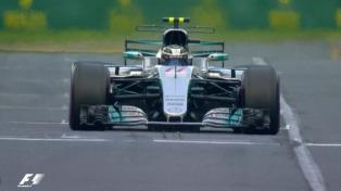 Hamilton hizo el mejor tiempo sobre el circuito de Silverstone