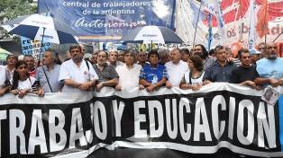 """El sindicalismo K planteó un 2019 con """"lucha por los derechos laborales"""""""