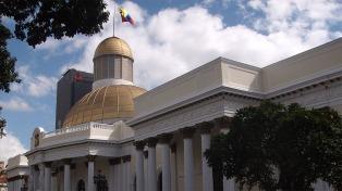 Impidieron entrar a la Asamblea Nacional a diputados opositores