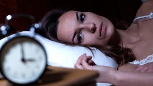 El insomnio aumenta el riesgo de sufrir un paro cardíaco o un ACV