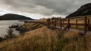 El especial colorido otoñal del sur de los Andes y sus parques nacionales