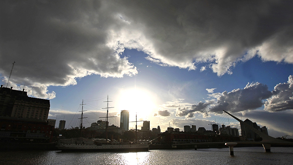 Sábado algo nublado y con probabilidad de lluvias en la Ciudad de Buenos Aires y alrededores