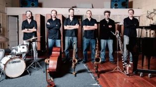 """Escalandrum suena hasta """"100"""" y toca en el Colón para festejar el centenario de Piazzolla"""