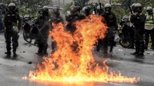 Dos jóvenes opositores presos por un ataque incendiario en una sede judicial