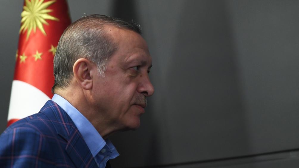 """Erdogan dijo que Macron debía """"someterse a exámenes mentales"""""""
