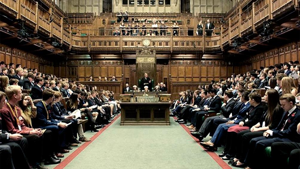 El parlamento británico entra en receso una semana antes por temor al coronavirus