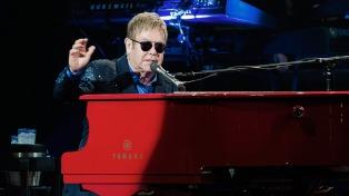 Elton John suspendió su actuación en pleno show por una neumonía atípica
