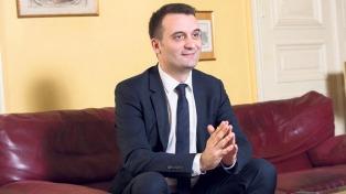 """""""Es seguro que saldremos del euro"""", afirmó una de los vicepresidentes del FN"""