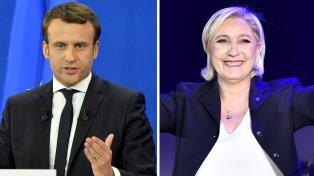 Macron y Le Pen cruzan acusaciones al inicio del único debate