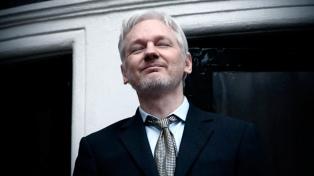 """Assange advirtió a Cataluña:""""España puede bloquear Internet"""""""