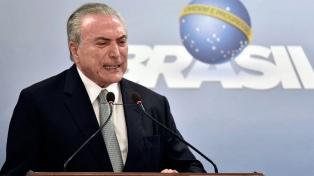El presidente del oficialista PSDB le pidió a Temer probar su inocencia cuanto antes