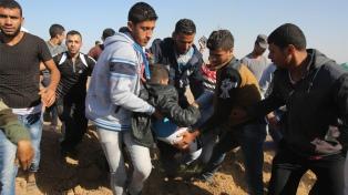 Cien palestinos heridos en una violenta represión militar