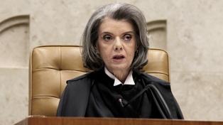 En el foco por el caso Lula, la titular de la Corte Suprema será presidenta del país por dos días