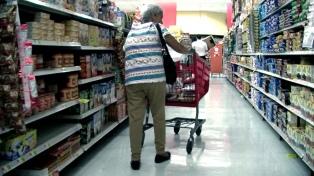 Empresarios y economistas elogiaron la baja de la inflación en mayo aunque pidieron reducir el déficit fiscal
