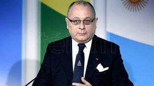 """Francia le desea éxito como ministro a Jorge Faurie, al que considera un """"amigo"""""""