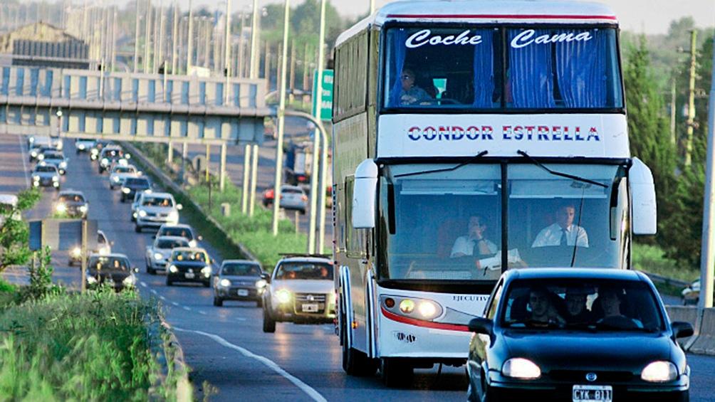 La rama larga distancia de la Unión Tranviarios Automotor logró un  acuerdo paritario.