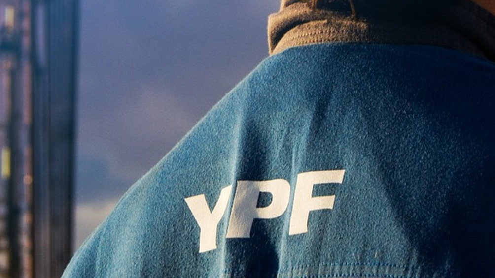 La petrolera YPF presentó hoy la nueva imagen de las estaciones de servicios de su red
