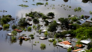 Evacuaron a 30 familias en Clorinda por la crecida del río Paraguay