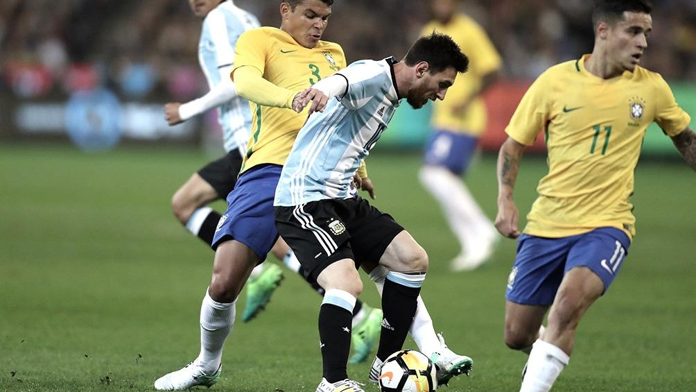 Brasil, Paraguay, Perú, Chile, Venezuela y Bolivia se manifestaron a favor de la suspensión.