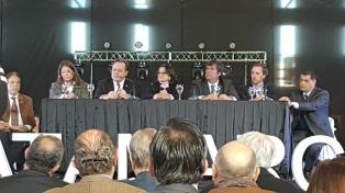 Santos inauguró el Congreso Anual de la Federación de Empresas de Viajes y Turismo