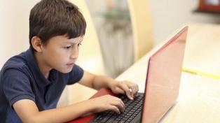 Casi la mitad de los chicos bonaerenses no tiene internet ni computadora en su casa