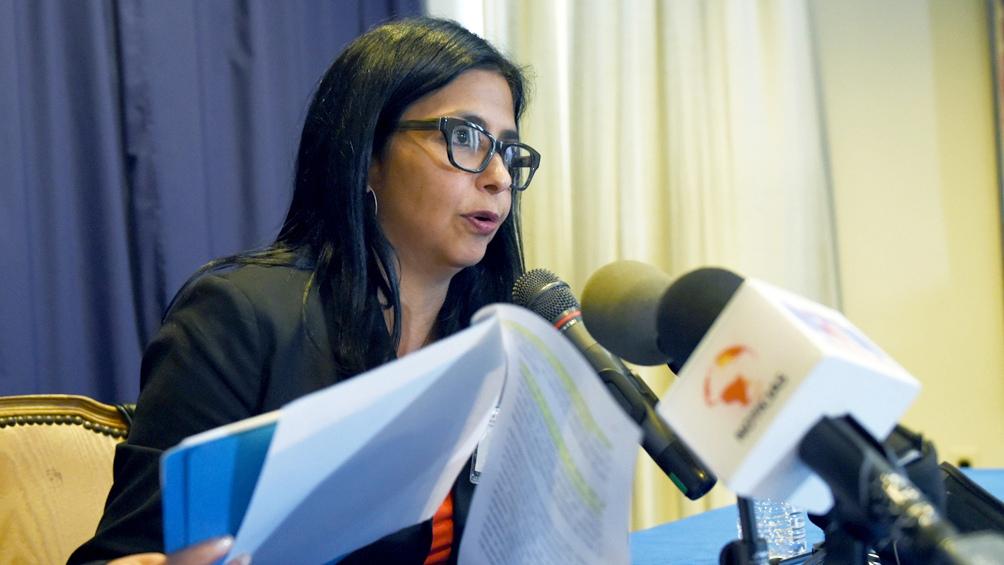 La vicepresidente Delcy Rodríguez anunció la denuncia que elevará a la CPI