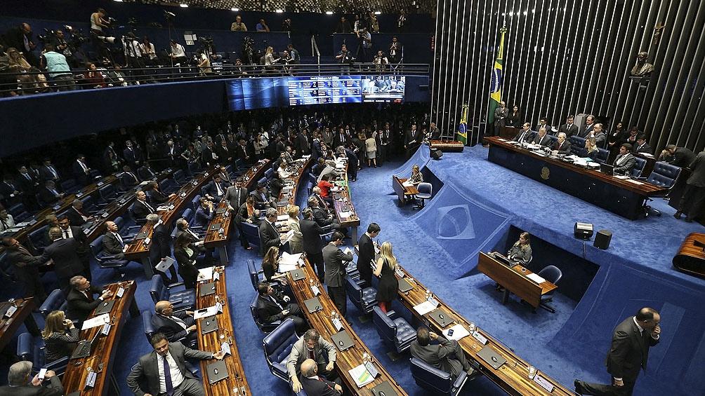 Bolsonaro es el centro de la investigación de una comisión del Senado que abrió una pesquisa criminal.