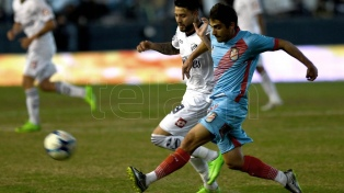Quilmes, descendido,  y Arsenal empataron en el Centenario
