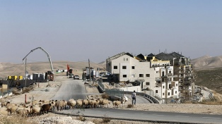 La OLP le exige al gobierno palestino que se desvincule totalmente de Israel